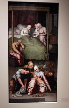 Vista de las piezas mostradas en la exposición del Bellas Artes sobre el proceso de restauración del retablo de la Iglesia de Santa Ana.