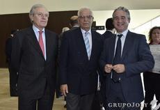 Borrell defiende que todos los espa oles voten el encaje for Oficinas sabadell sevilla